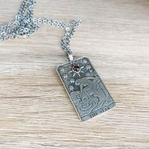 Jewelry - The Star Tarot Card Necklace with Garnet